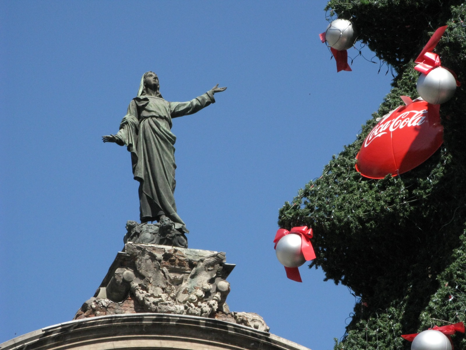 Christmas in Santiago: Latin America and the Global